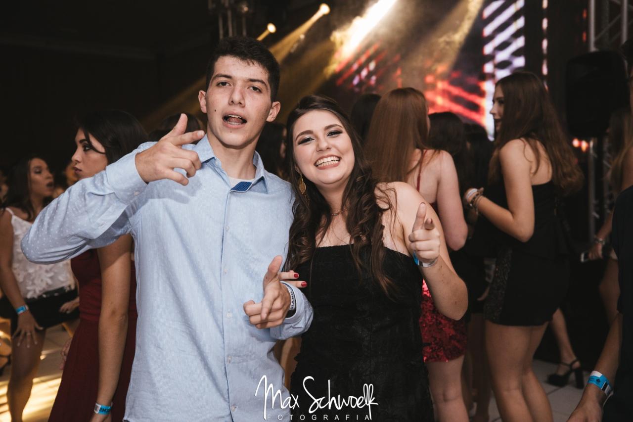 Max_0250
