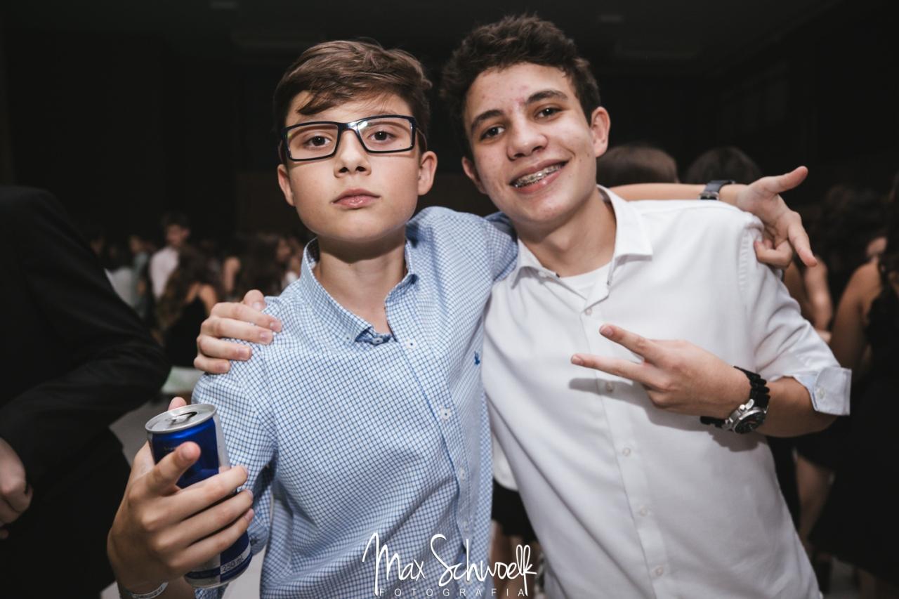 Max_1059