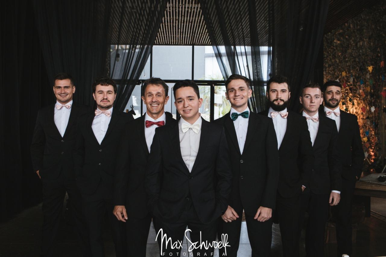 Max_0990