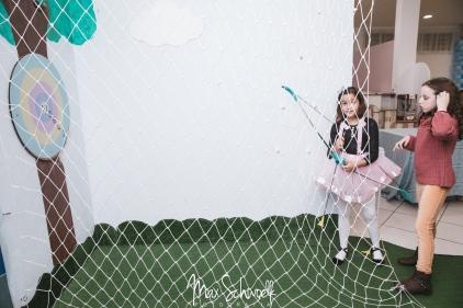 MAX_0186