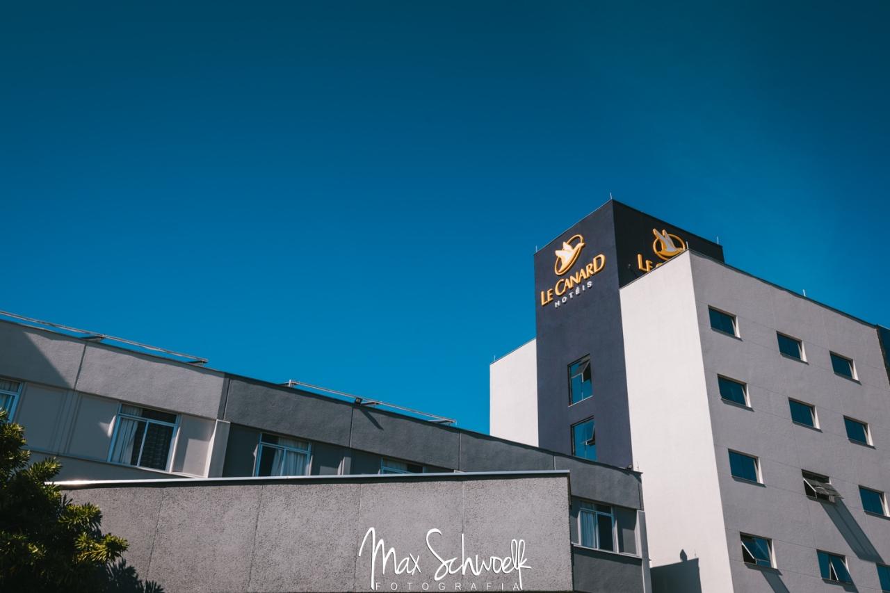 MAX_8372