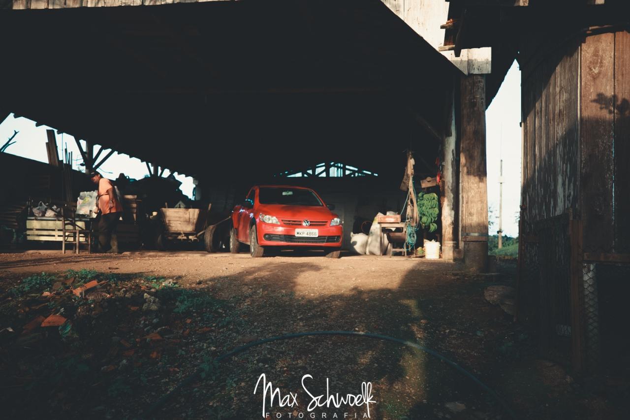 MAX_3657