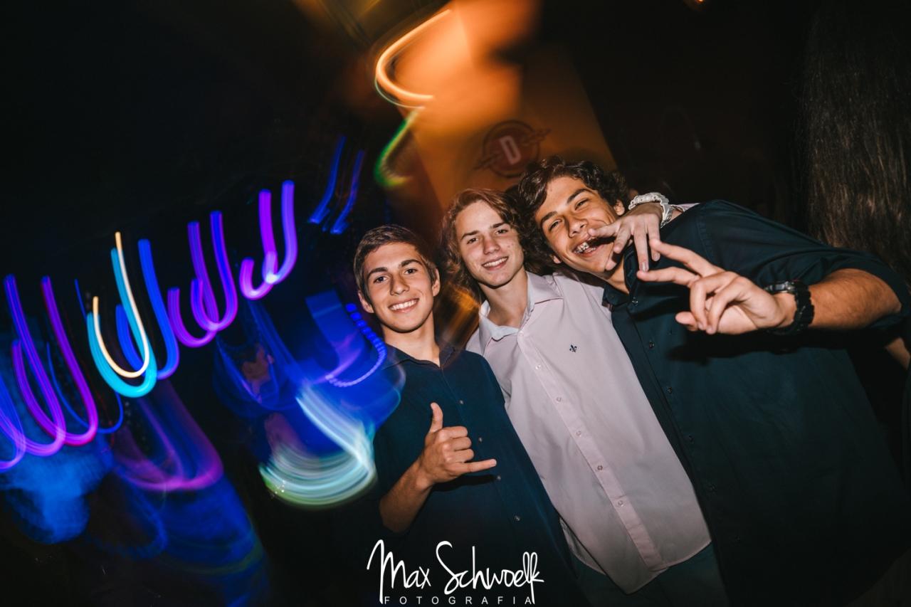 MAX__1301