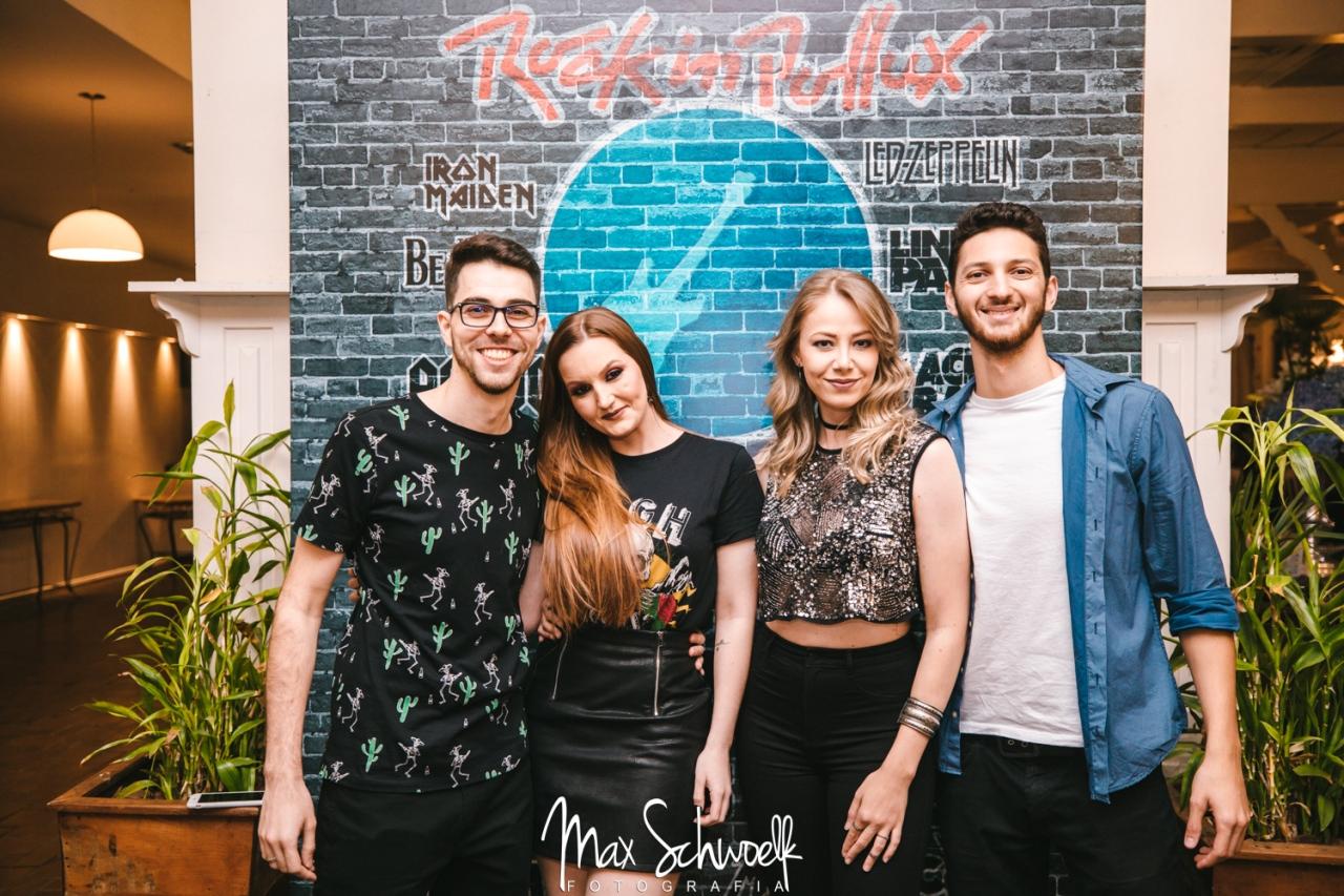 MAX__0042