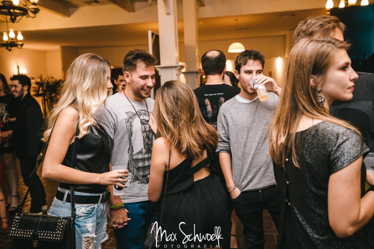 MAX__0203